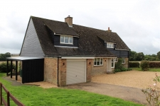 4 bed property to rent in Witchampton