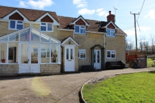 3 bed property to rent in Shaftesbury
