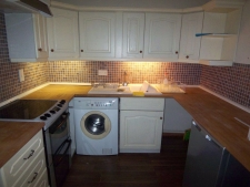 1 bed property to rent in West Stour