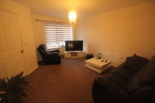 3 bed property to rent in Gillingham