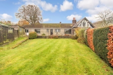 3 bed property to rent in Ashmore