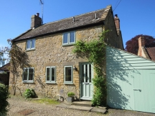 4 bed property to rent in Yeovil