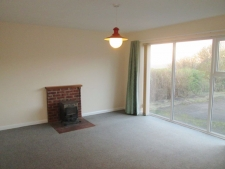 2 bed property to rent in West Bexington