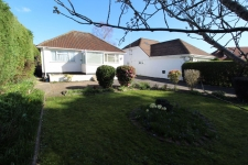 2 bed property to rent in Ferndown