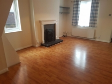 2 bed property to rent in Poole
