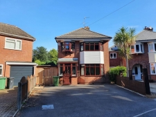 3 bed property to rent in Poole
