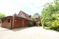5 bed property to rent in Wimborne