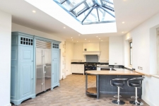5 bed property for sale in Gillingham