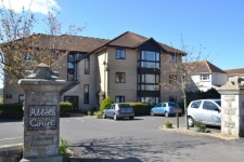 2 bed property for sale in 9 Ullswater Crescent