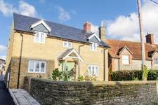 3 bed property for sale in Stalbridge