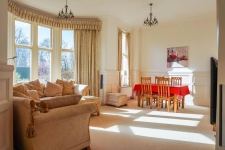 2 bed property for sale in Hawthorn Road