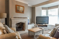 3 bed property for sale in Portland Dorset