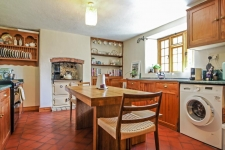 2 bed property for sale in Milborne Port Dorset