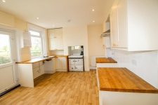 3 bed property to rent in Templecombe