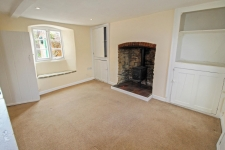 4 bed property to rent in Fontmell Magna