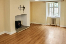 2 bed property to rent in Beaminster