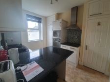 3 bed property to rent in Weymouth