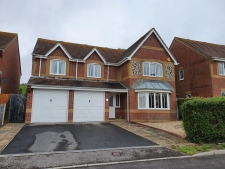 5 bed property to rent in Weymouth