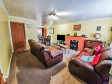4 bed property to rent in Weymouth