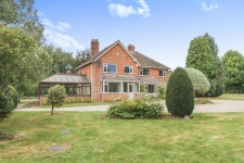 5 bed property to rent in Dorset