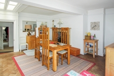 5 bed property to rent in Sherborne
